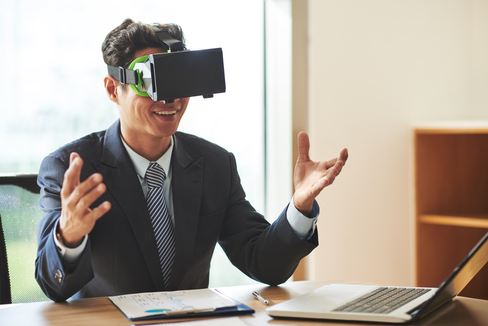 How Virtual Reality is Making a Human-Centered Workplace