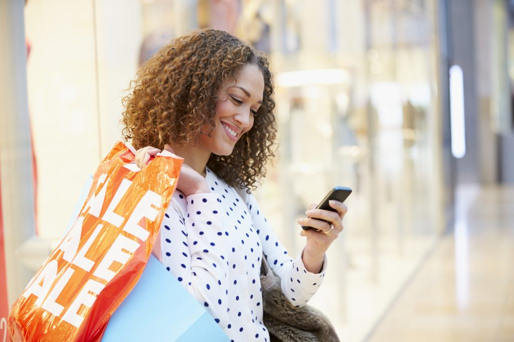 Experts Say Gen Z Buyers Prefer a Seamless Omnichannel Shopping Experience