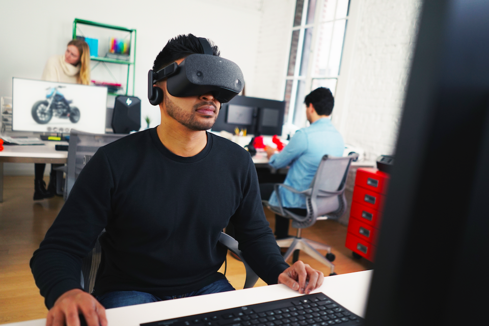 Is Your Business Ready For An Enterprise VR Project That Drives ROI?